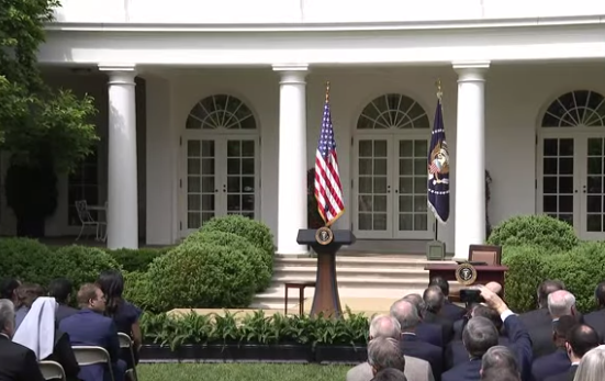 Photo of Watch Live: President Trump Signs a Joint Declaration with the President of Mexico